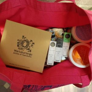 OzKoi Souvenir Gift Set